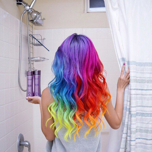 My unicorn mane is so happily poofier after I switched over to @alternahaircare Caviar Volume shampoo & conditioner  you guys can find it at your local @sephora  #alternahaircare by hieucow You can follow me at @JayneKitsch