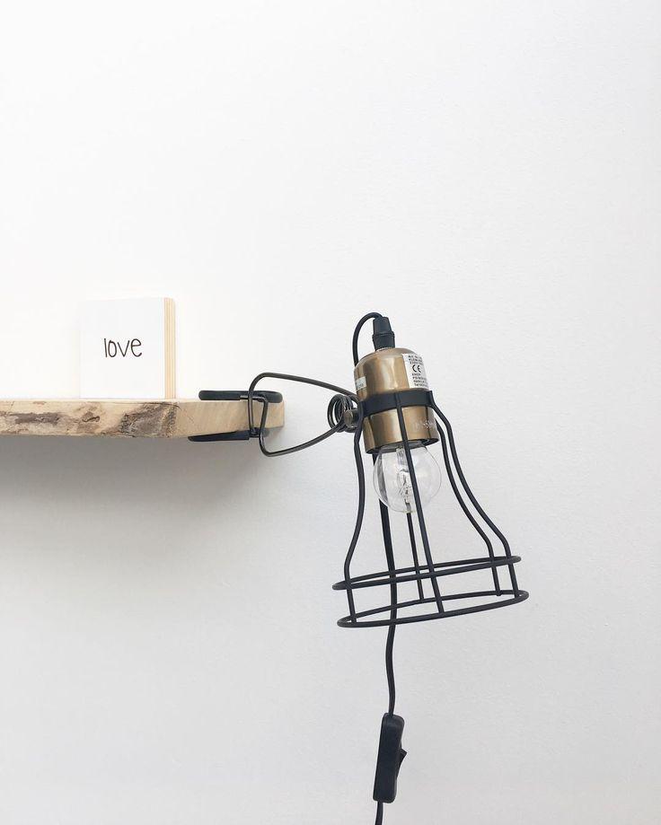 #kwantuminhuis Klemlamp KUMA > https://www.kwantum.nl/verlichting/wandlampen @sandrauitendaal