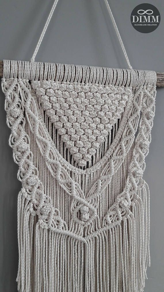 Beautiful bohemian macramé tapestry, knotted on a Bears claw trunk (hogweed trunk). The Bears claws were taken from nature and dried by me. Bears claw stems are hollow, but are naturally very sturdy, but do not squeeze hard. The robe is with love knotted by me with 3 mm cotton cord.