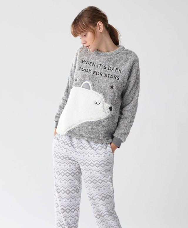Pantalón oso - Los más buscados - Rebajas de Invierno en moda de mujer en Oysho online: ropa interior, lencería, ropa deportiva, pijamas, bodies, camisones, complementos, zapatos y accesorios.