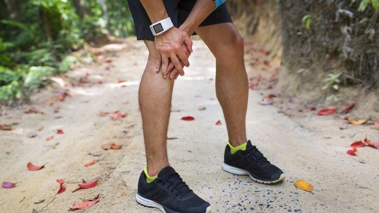 Vous avez des douleurs aux genoux ? À bas les mauvaises habitudes, Fitnext vous suggère quelques solutions contre le mal de genoux.