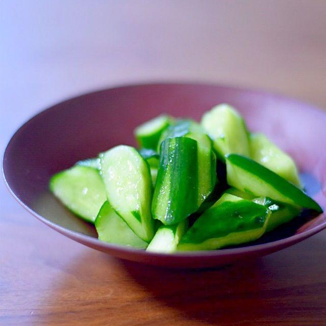 日持ちするサラダ!きゅうりの浅漬けのつくり方 | あさこ食堂