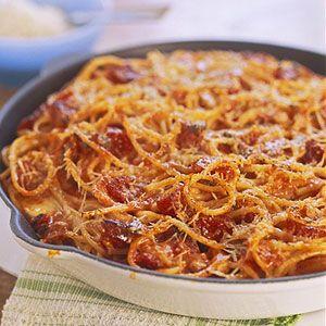 With pepperoni, mozzarella cheese, and tomato sauce this fun pasta recipe tastes like your favorite pizza.