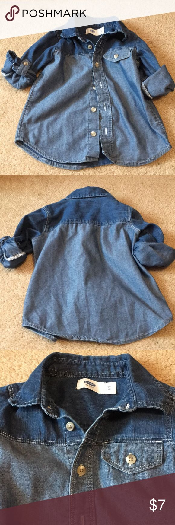 Super cute denim shirt for little girl This cute denim shirt is still in great condition Old Navy Shirts & Tops Button Down Shirts