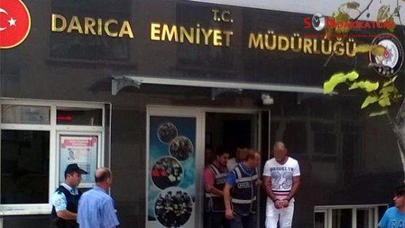Kabin Memuru'na Çıplak Fotoğraf ile Şantaj yapan 3 kişi tutuklandı