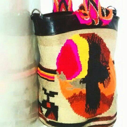Amanecer Andino. Técnica Wayuu