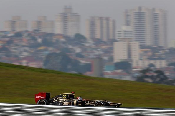 Kimi Raikkonen Photos - F1 Grand Prix of Brazil - Qualifying