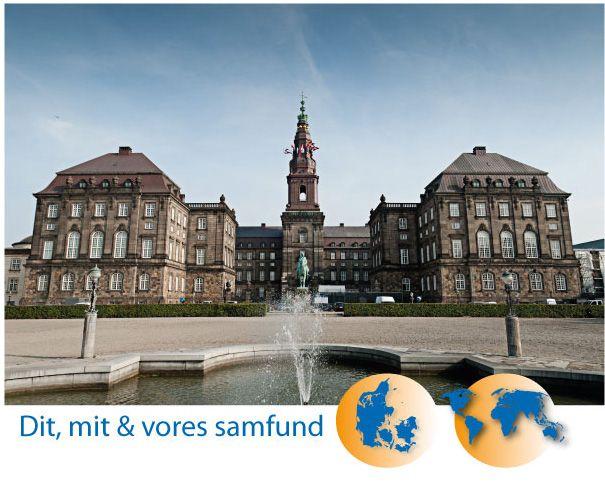 Velkommen til Danmarks største samfundsfag web.  Den kan bruges i alle de gymnasiale uddannelser fra C-A. Men også som grundbog og opslagsværk  i mange andre uddannelser.