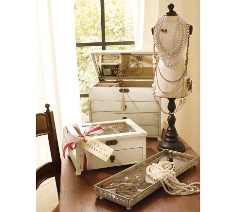 Emmett Jewelry Dresser