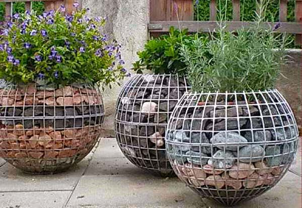 29 Beautiful Gabion Planter Ideas Home Vegetable Garden 640 x 480
