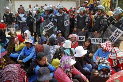 Nike despide a más de 400 trabajadores textiles de Camboya por declararse en huelga  REUTERS/ PÚBLICO PHNOM PENH 17/06/2013 15:35 Actualizado: 17/06/2013 23:44