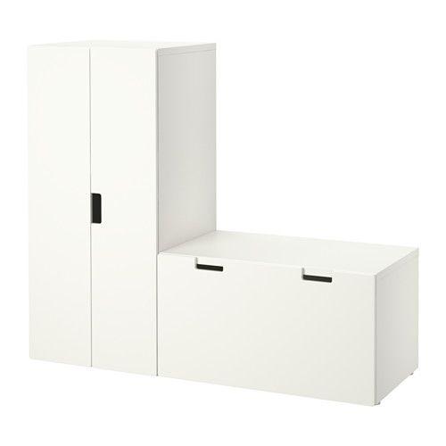 stuva aufbewahrung mit bank ikea auf kindergr e abgestimmt damit die kleinen alles erreichen. Black Bedroom Furniture Sets. Home Design Ideas