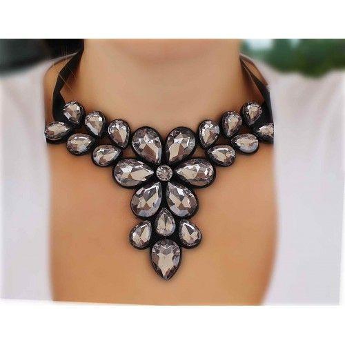 Náhrdelník Grandessa Dark | Womanology.sk #nahrdelnik #necklace #chokernecklace #necklaces #bijouterie #halskette #bijoux #schmuck #accessories #fashionjewelry #fashionjewellery #modeschmuck #accessories #doplnky #womanology