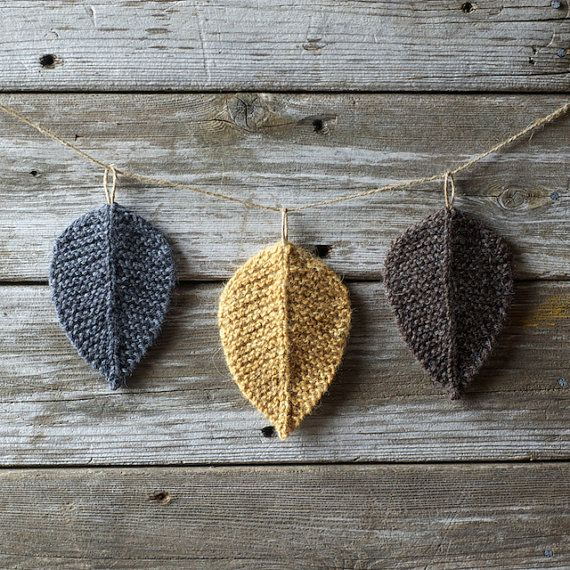 Knitting Pattern - Autumn Leaves - Coaster - Bunting - Knit Leaf - Worsted Weight Wool Yarn - Waldorf - Woodland - Fall Leaves
