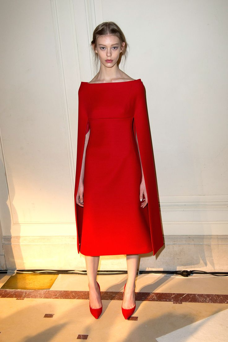 red cape + shoes.. flawless.
