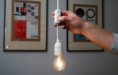 Gør det selv: Sådan sætter du en afbryder på din lampeledning