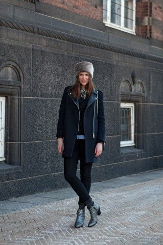 Chic all-black look with kooky-cool accessories, photo by The Locals