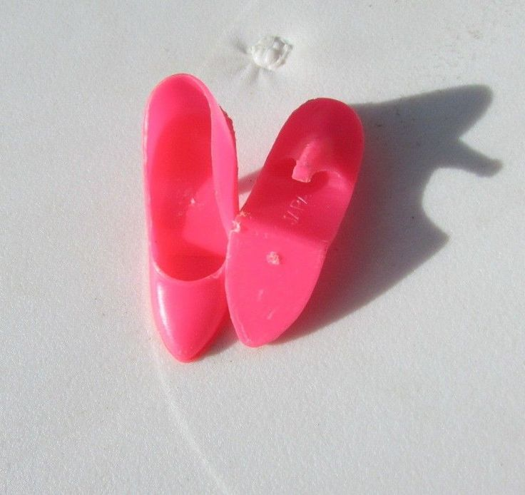 Vintage Barbie Hot Pink Closed Toe Shoes Pumps Japan 1967 Dinner Dazzle, Scene  #Mattel