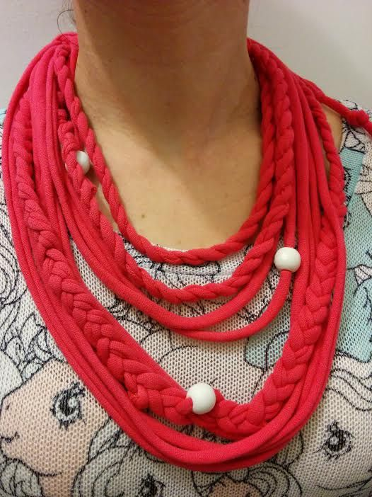 T-shirt upcycled necklace, made by used T-shirt with regular and rope braids, embellished with white wodden beads