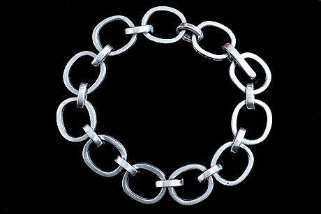Bertel Gardberg ~Vintage 916 silver #bracelet, 1963. | Bukowskis.com