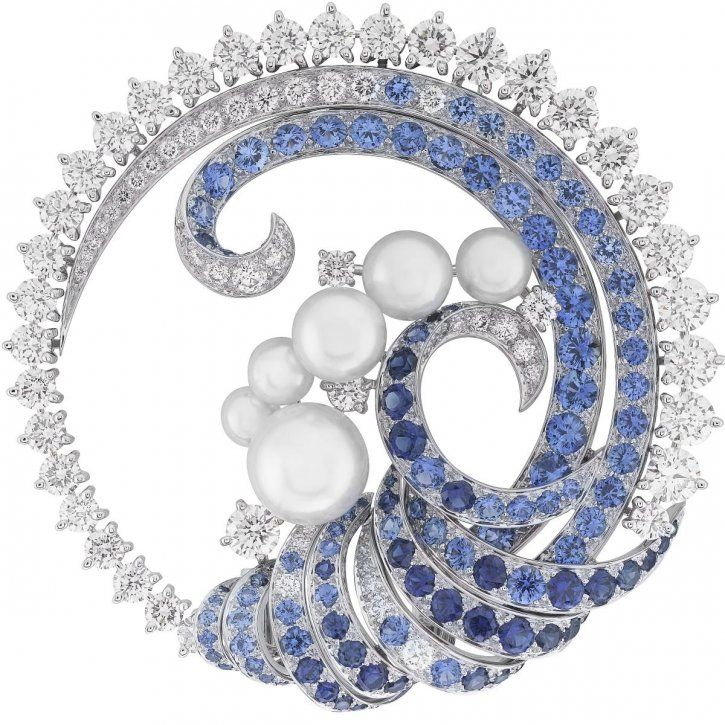 Clip, sapphires, white cultured pearls, diamonds by Van Cleef & Arpels.