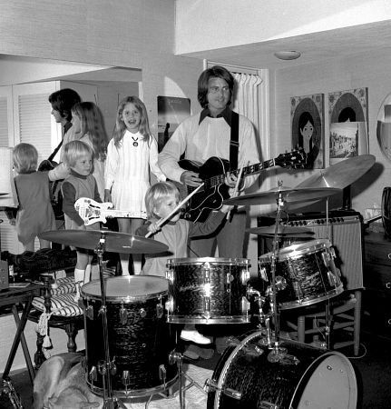 Singer/Actor Ricky Nelson at home with twin sons (Gunnar & Matthew) and his daughter Tracy Nelson. Tracy became an actress herself. Ricky and his wife Sharon Harmon (photographer), had another son named Sam. This photo is from 1970. Sadly, Ricky Nelson died at 45, in a plane crash in 1985