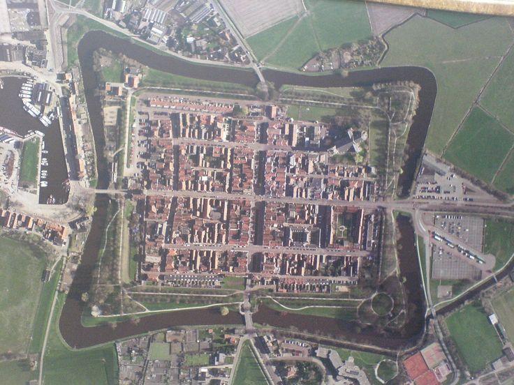 Google Afbeeldingen resultaat voor http://www.jackbazen.nl/Nederland/Elburg/elburg_luchtfoto.jpg