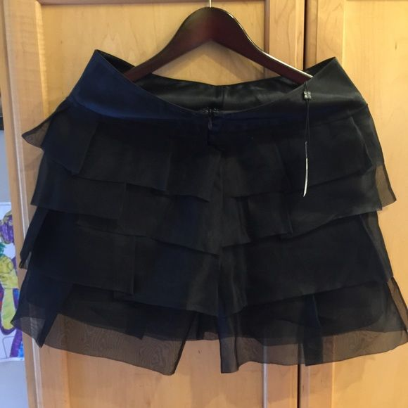 BCBG woven, ruffle tiered mini, NWT Beautiful, can be flirty or not. Heels or boots? BCBG Skirts