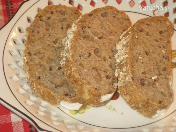 Celozrnný ovsený chlebík (fotorecept)