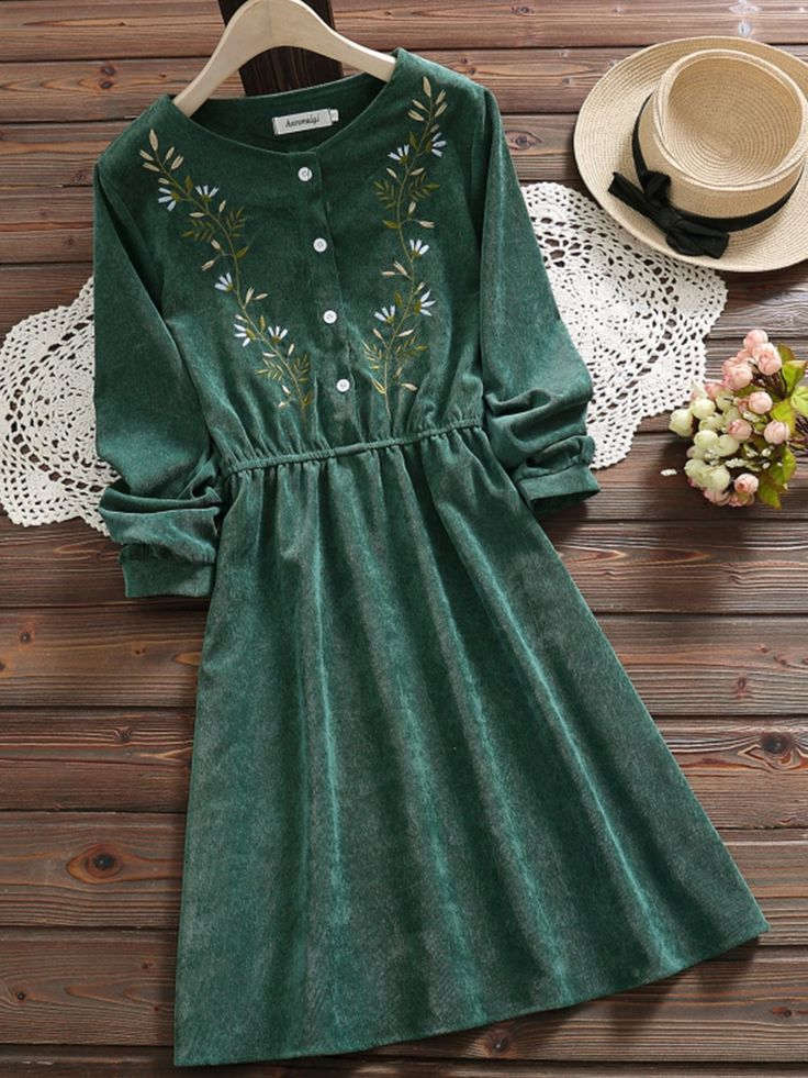Green Embroidery Long Sleeve Women Dress