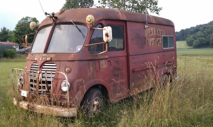57 International Harvester Metro Classic trucks, Vintage