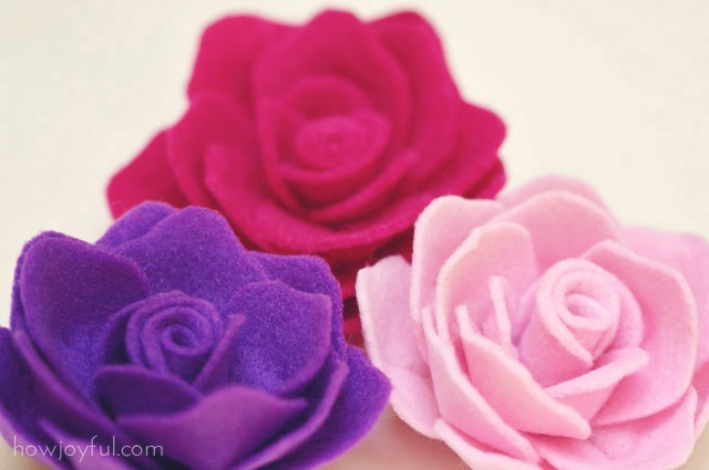 More detailed felt roses. Very pretty.