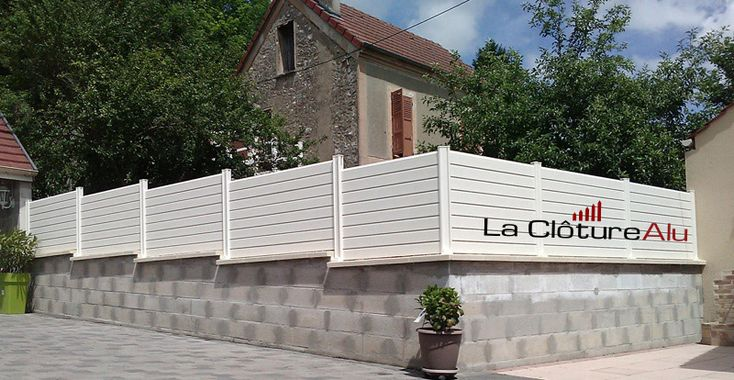 Nos Poteaux En Aluminium Font Aussi Poteau D Angles Mur Cloture Cloture Jardin Cloture Blanche