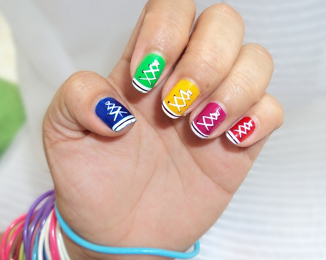 Uñas decorada tenis