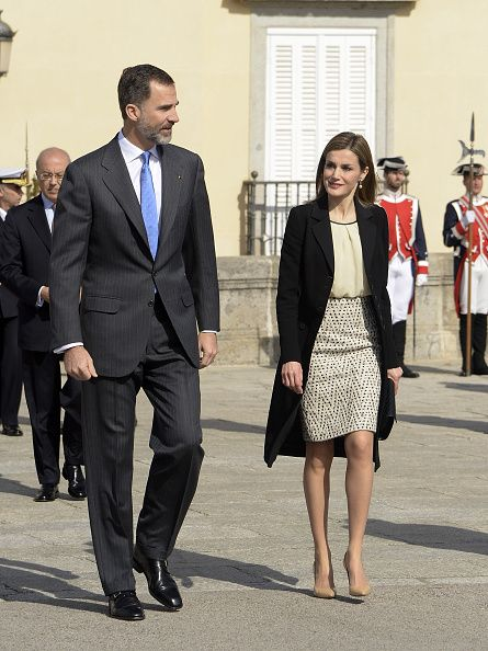 LR King Felipe VI of Spain and Queen Letizia of Spain receive the President of Colombia Juan Manuel Santos and his wife Maria Clemencia Rodriguez de...