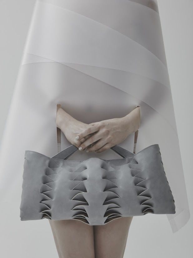 Innovative handbag design with interlocking 3D structure - leather manipulation; bags of style // Agnes Kovacs