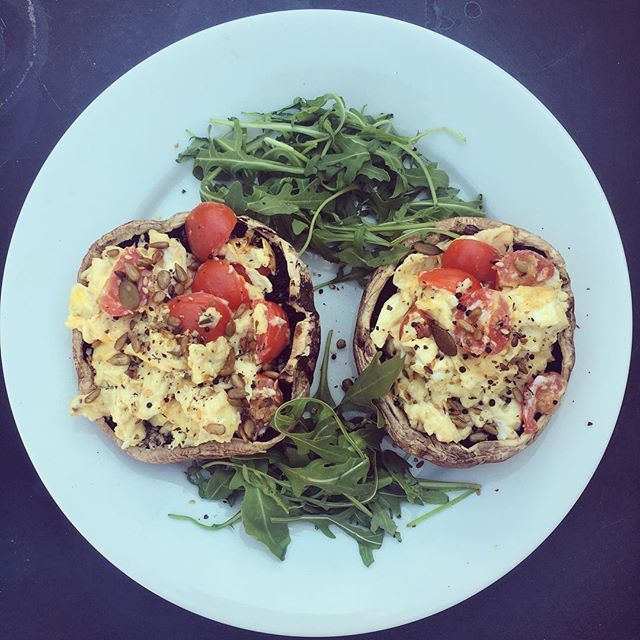 Well it's a beautiful sunny morning here in Edinburgh and I am tucking into creamy goats cheese and tomato scrambled eggs on delicious portobello mushrooms with some fresh rocket and toasted seeds. Less than 10 minutes to prep and cook, but still packed full of flavour and goodness, for a protein packed punch to start my Tuesday