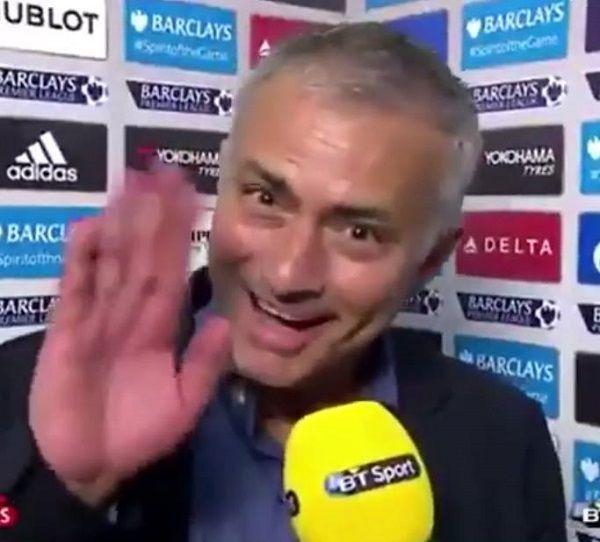 Portugalczyk zadowolony z zakończenia współpracy • Tak Jose Mourinho żegna się z pracą w Chelsea Londyn • Wejdź i zobacz więcej >> #mourinho #football #soccer #sports #pilkanozna