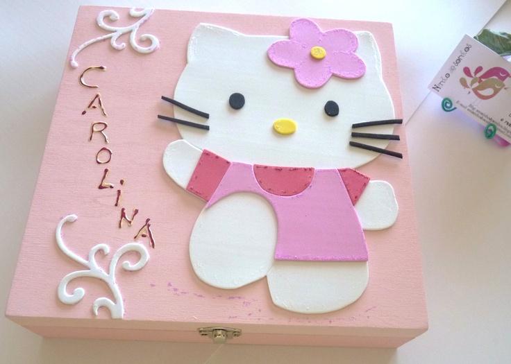 Caixinha decorada com Kitty em EVA