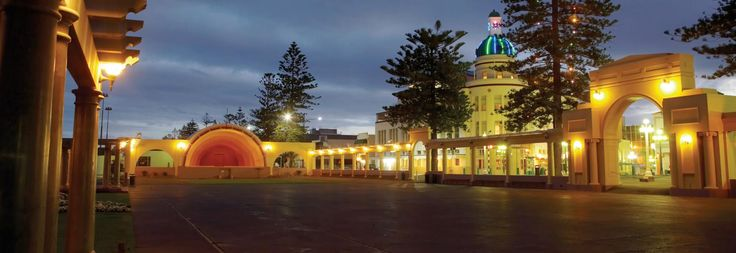 Napier is home to beautifully preserved 1930s architecture, love this place