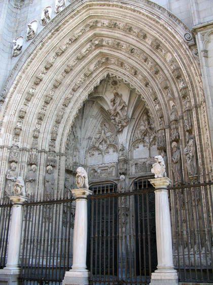 Catedral de Toledo, Puerta de la Los Leones