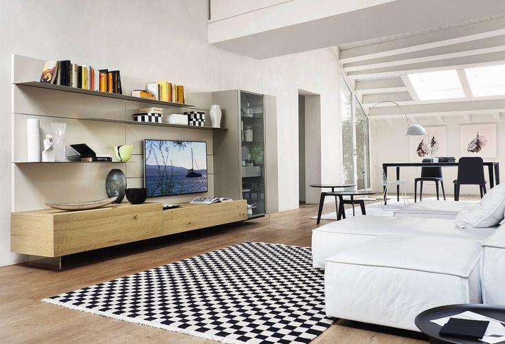 Wohnwand mit TV Board in heller Eiche - Landhausstil ...