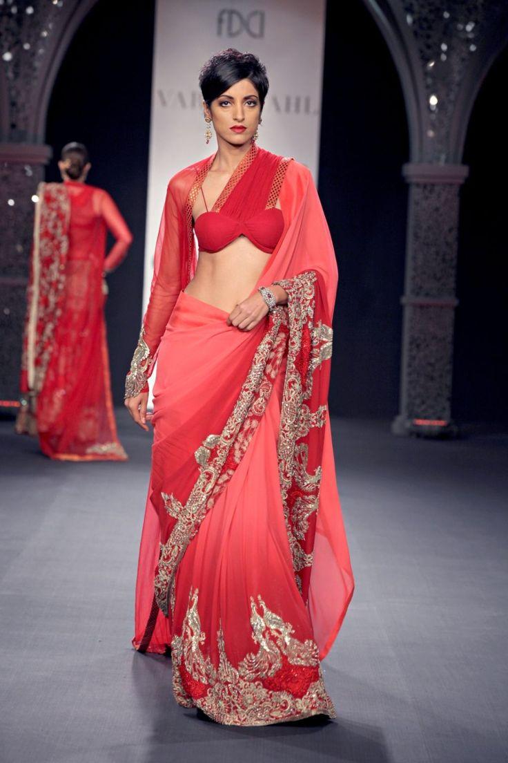 Varun Bahl's http://www.varunbahl.com/ Haute Couture collection: India Nouveau @ PCJ Delhi Couture Week, 2012 | beStylish.com