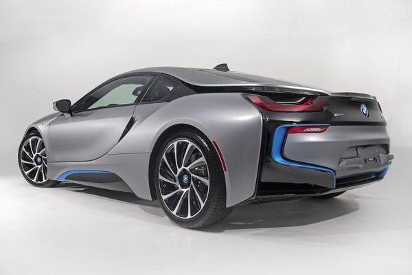 BMW i8 w wersji Concours d'Elegance Edition