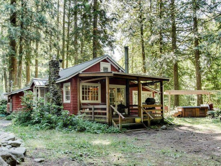 Classic Rustic Cabin with Porch in the Wilds Mount Hood, Oregon