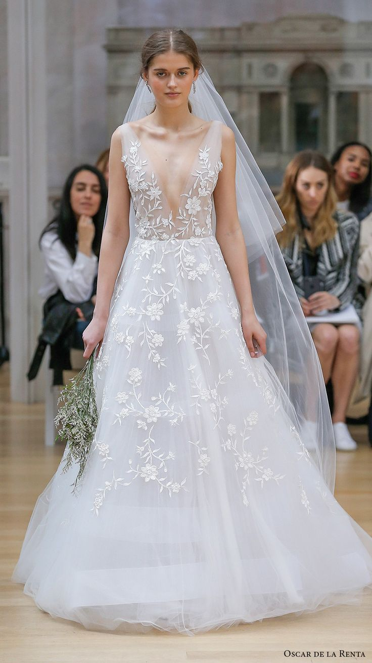 oscar de la renta spring 2018 bridal sleeveless deep v neck full embellishment beautiful romantic a  line wedding dress open v back chapel train (14a) mv  -- Oscar de la Renta Spring 2018 Wedding Dresses
