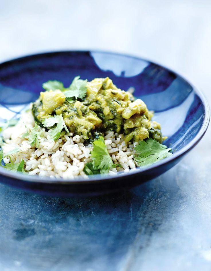 Recette Curry de petits pois et riz complet : Préparation: 20mn >Cuisson: 35mnFaites cuire 120g de riz complet 25mn à l'eau bouillante salée ...