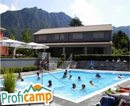 €156 ipv €392 - Een week in een luxe ingerichte 5-persoons bungalowtent direct aan het idyllische Idromeer in Italië!