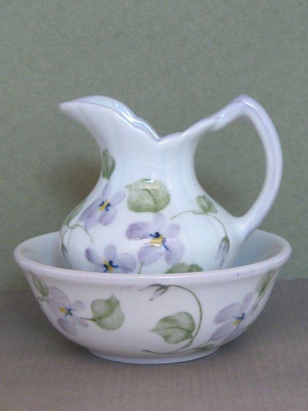 RP: Pitcher and Bowl Set Violet Floral - m.ebay.com