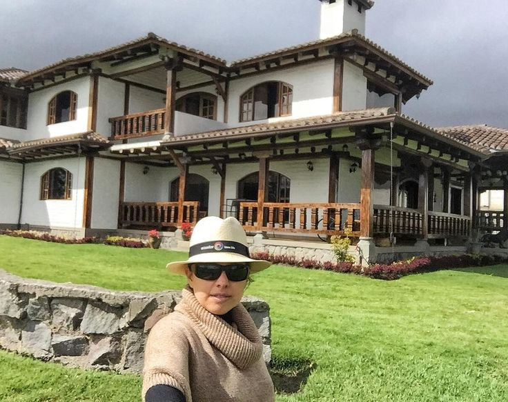 I had the most relaxing night at @casaquintaclementina in #Ambato #Ecuador during my road trip from #Cuenca to #Quito. I loved spending the night at this charming beautiful house in a very peaceful area and felt right at home.  I will soon write more about my stay on the blog: http://bit.ly/1T09Xq8